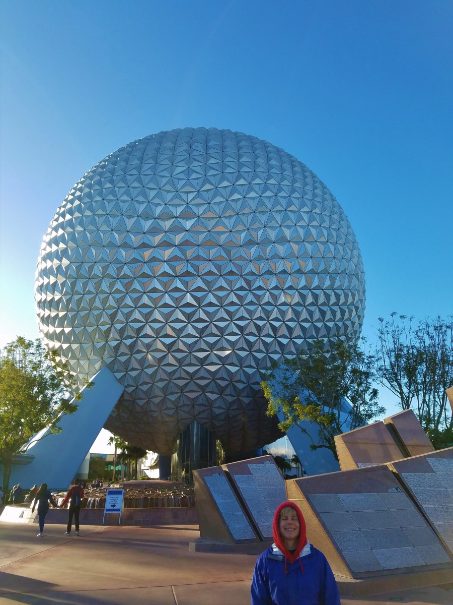 The entrance of Epcot