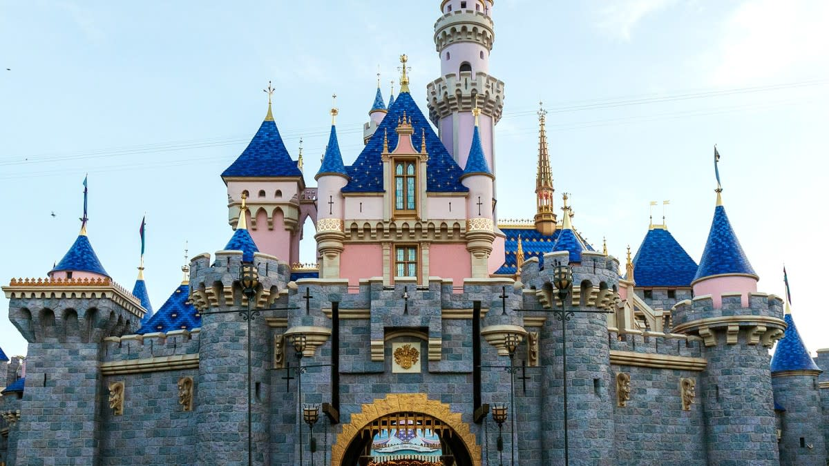 How to Get Unlimited Fast-Passes at Disneyland