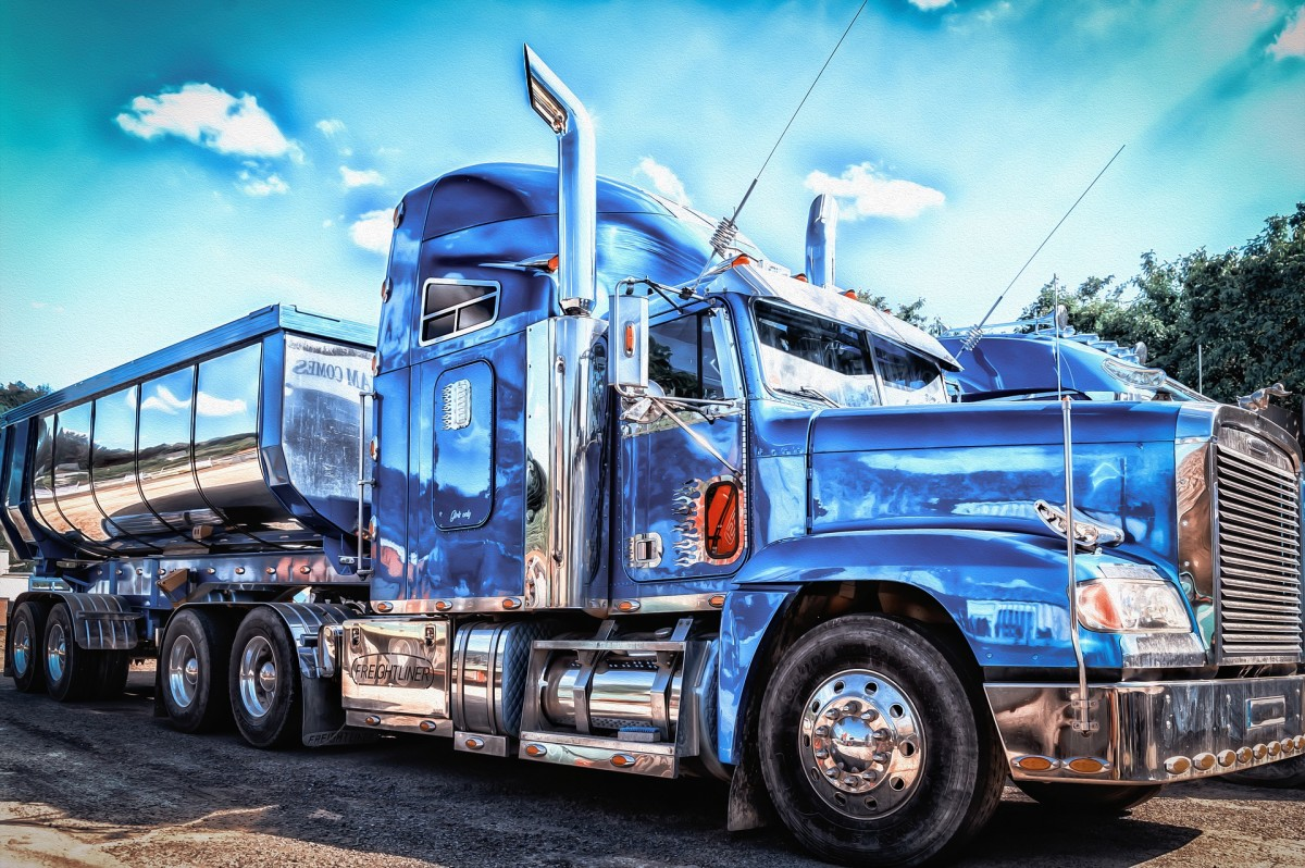 Commercial Truck Driving Career: Is it for You?