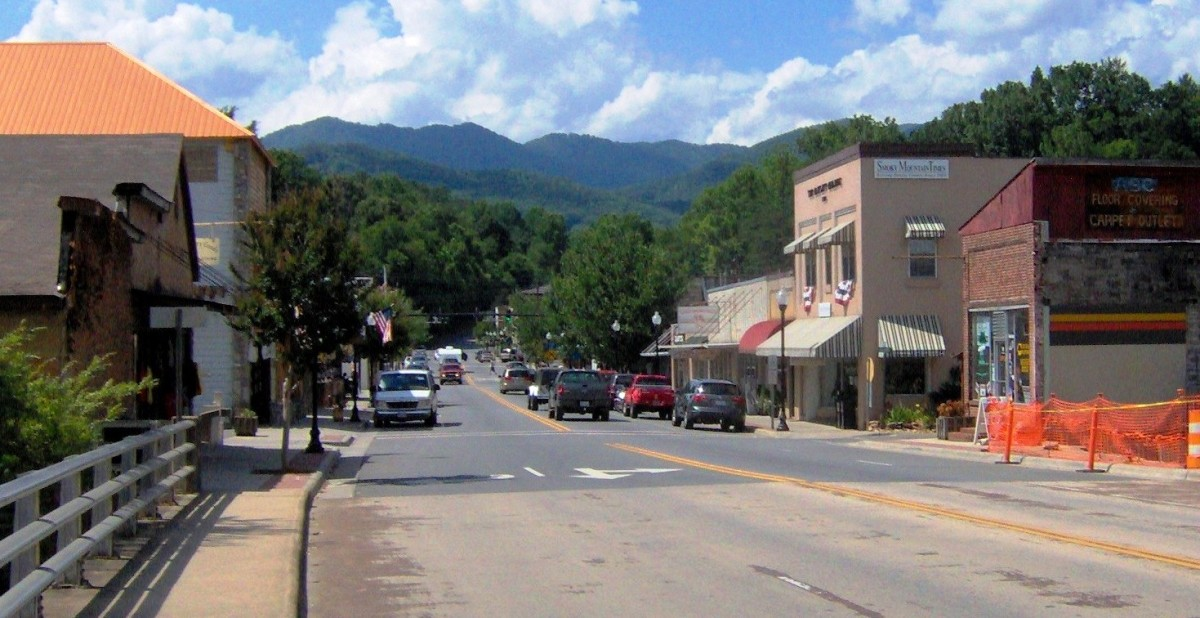 10 Great Actual Small U.S. Towns Featured in Movies
