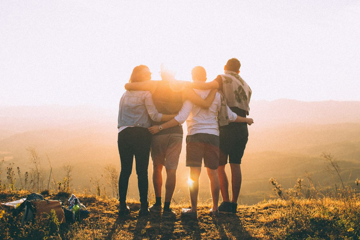 How to Travel With Friends Without Losing Your Mind