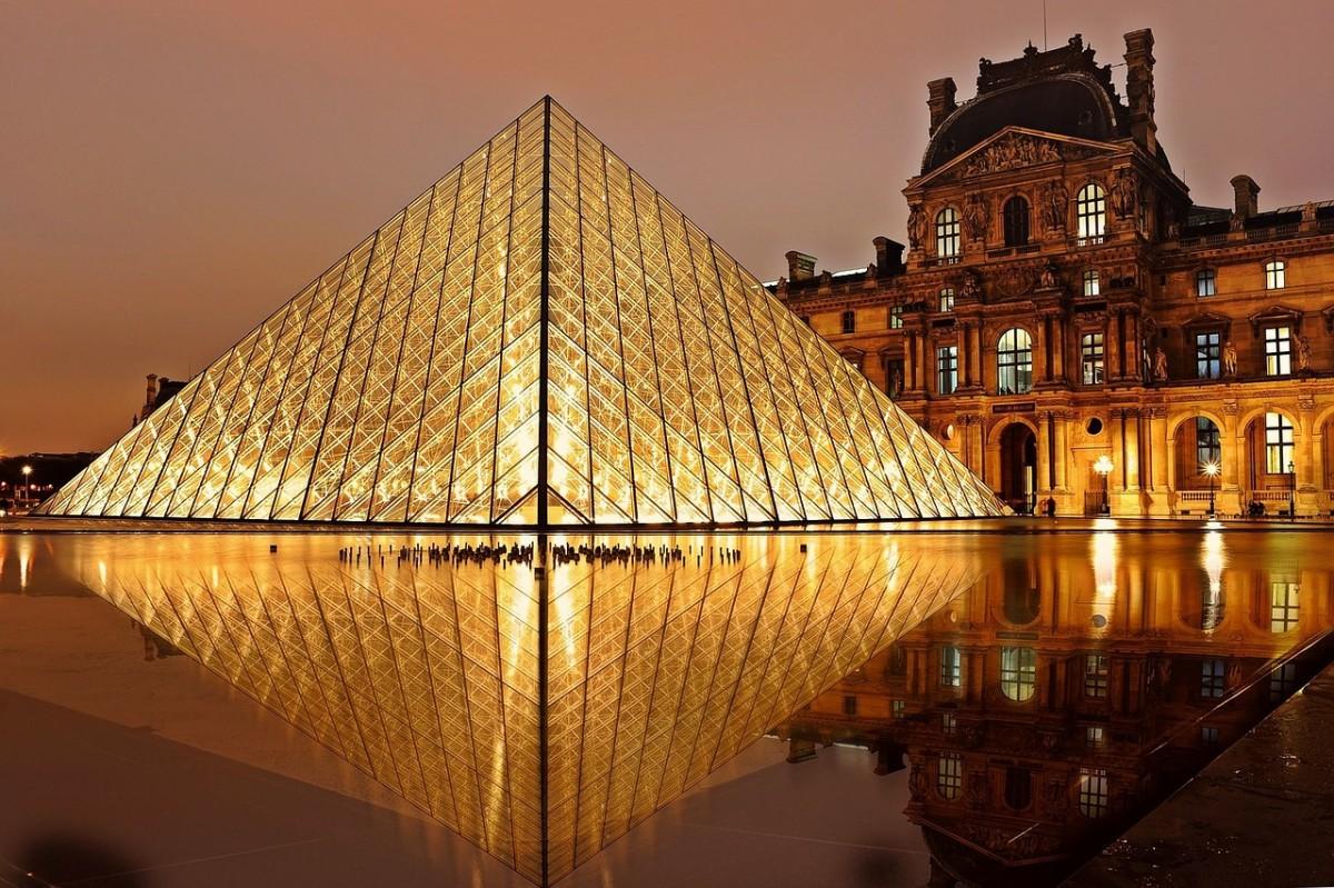 Want to Explore Paris? Visit in Autumn!
