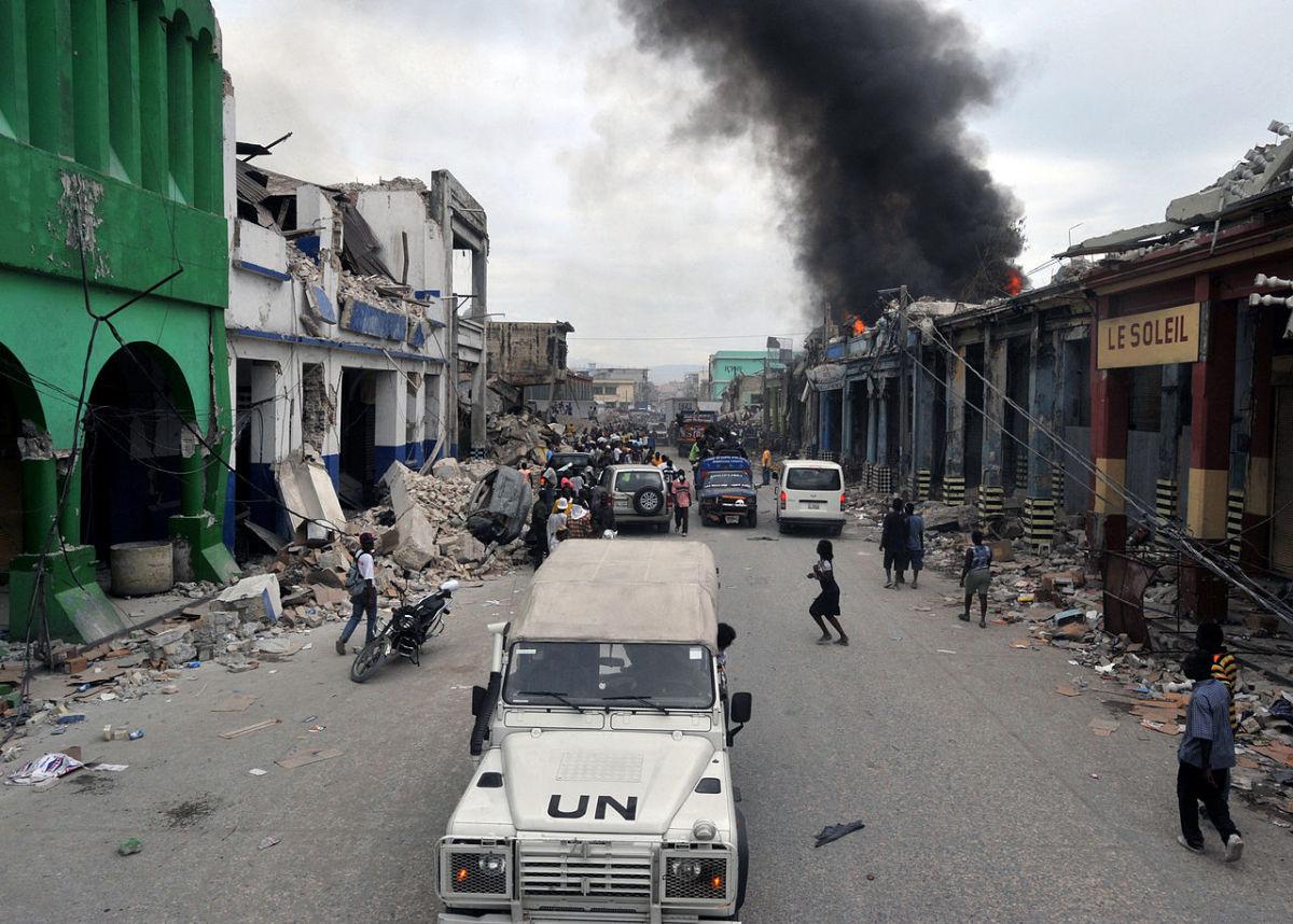 2010 Haiti Earthquake. Notice the tremendous damage and destruction to the surrounding area.