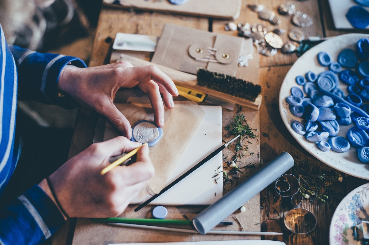 How to Sell Handmade Items and Make a Profit