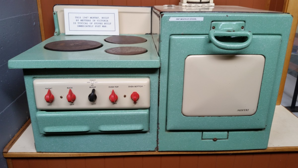 Vintage Electric Oven