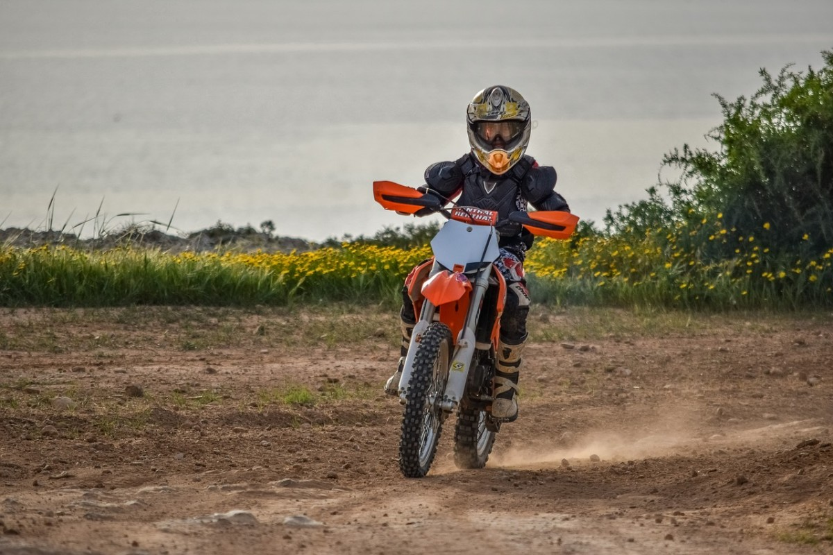 What's the Best Gas 50cc Dirt Bike for Kids?
