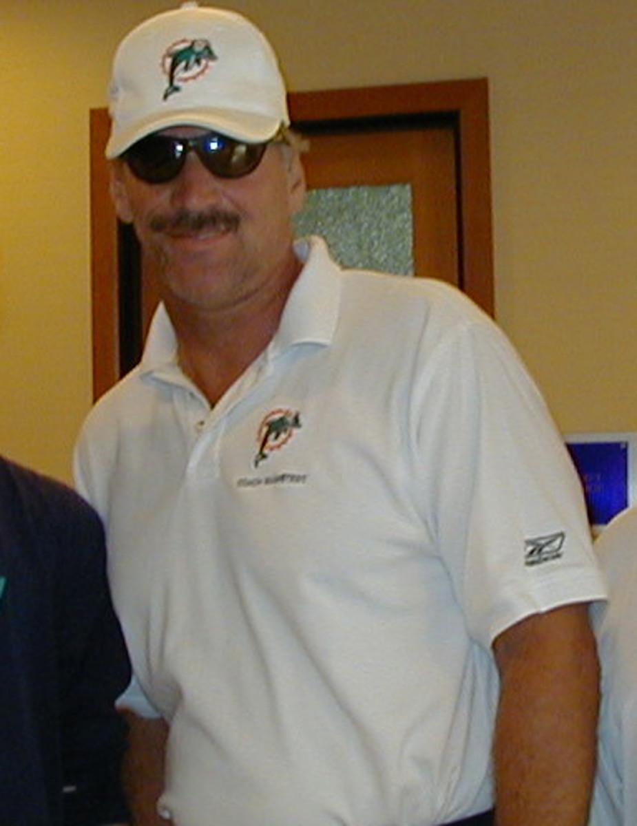 Former Bear Coach Dave Wannstedt