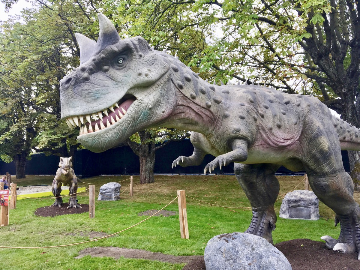 An Animatronic Dinosaur Exhibit and Facts About the Real Reptiles