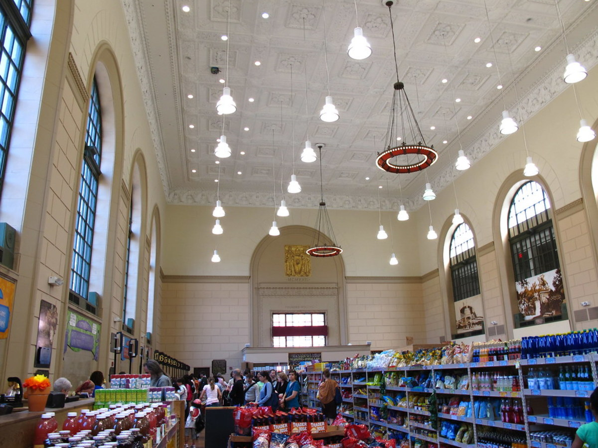 7 Beautiful Grocery Stores You Should Shop at Before You Die