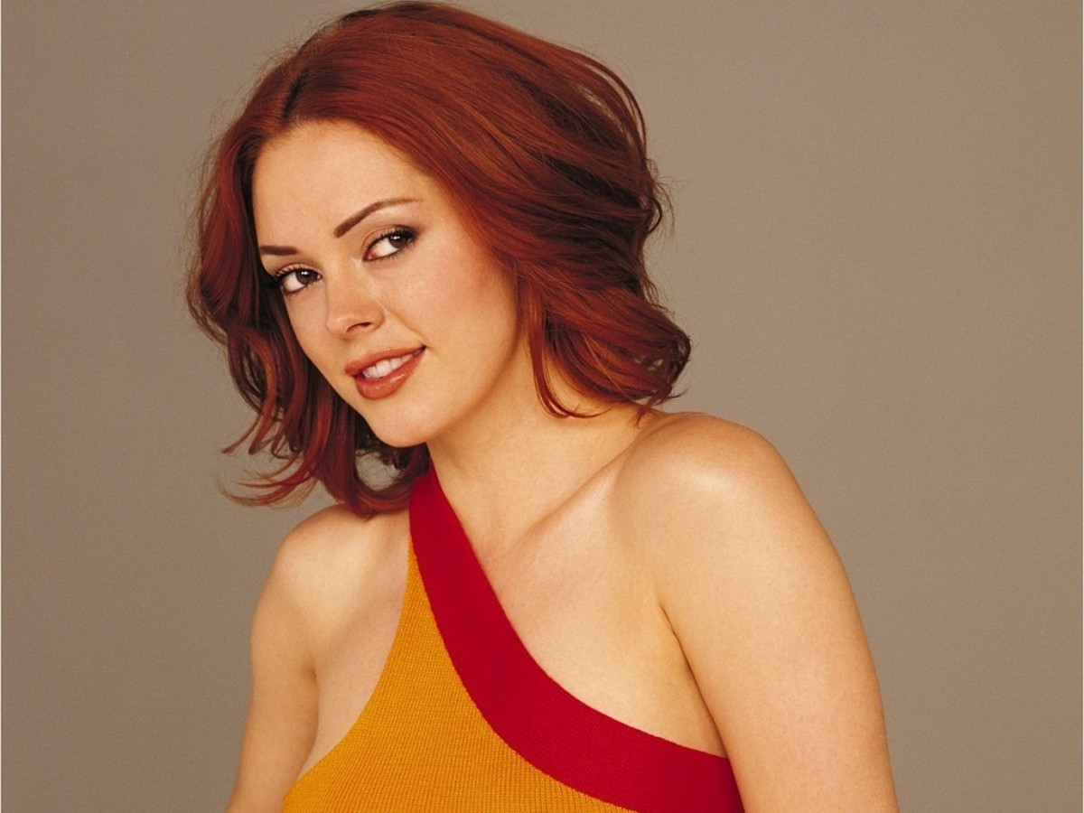 "Paige Matthews' Top Ten Fashion Moments on ""Charmed"""