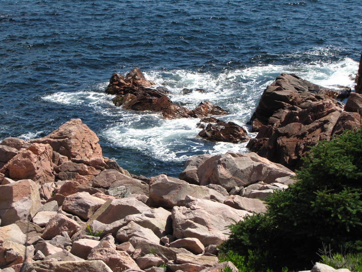 The dramatic coastline of the Cabot Trail, the northernmost part of Nova Scotia.
