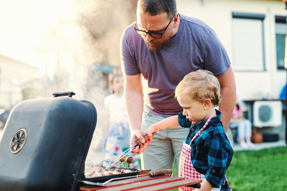 Grilling Tips to Keep Your Kids Safe