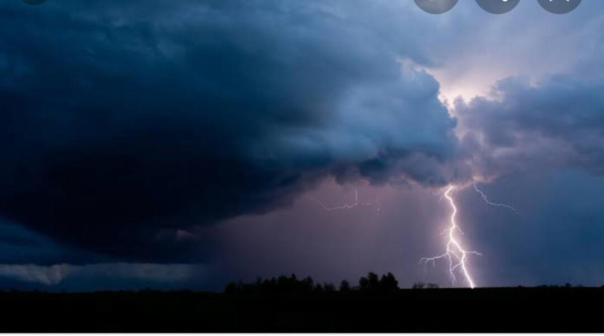 Thunder, thunder...