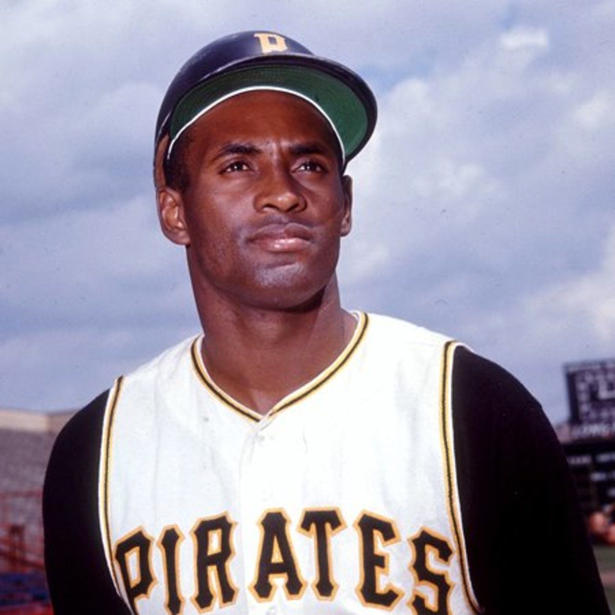 Roberto Clemente: Baseball Legend and Philanthropist