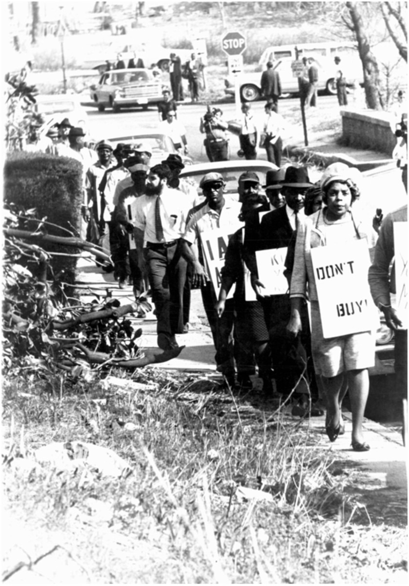 1968 boycott supporters led by Cornelia Crenshaw