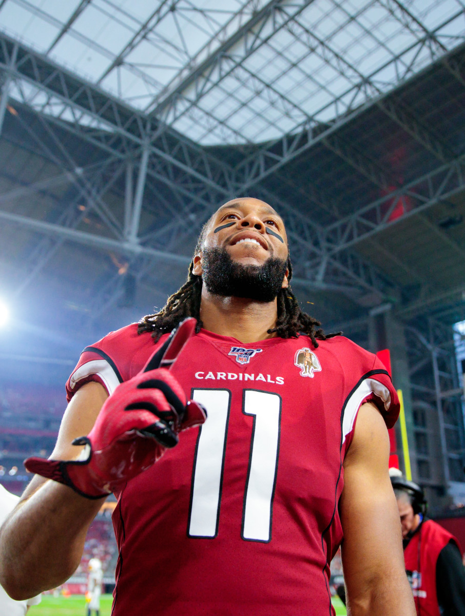 Larry Fitzgerald is the best wide receiver in Arizona Cardinals history. Still active, Fitzgerald already owns the majority of the franchise's receiving records.