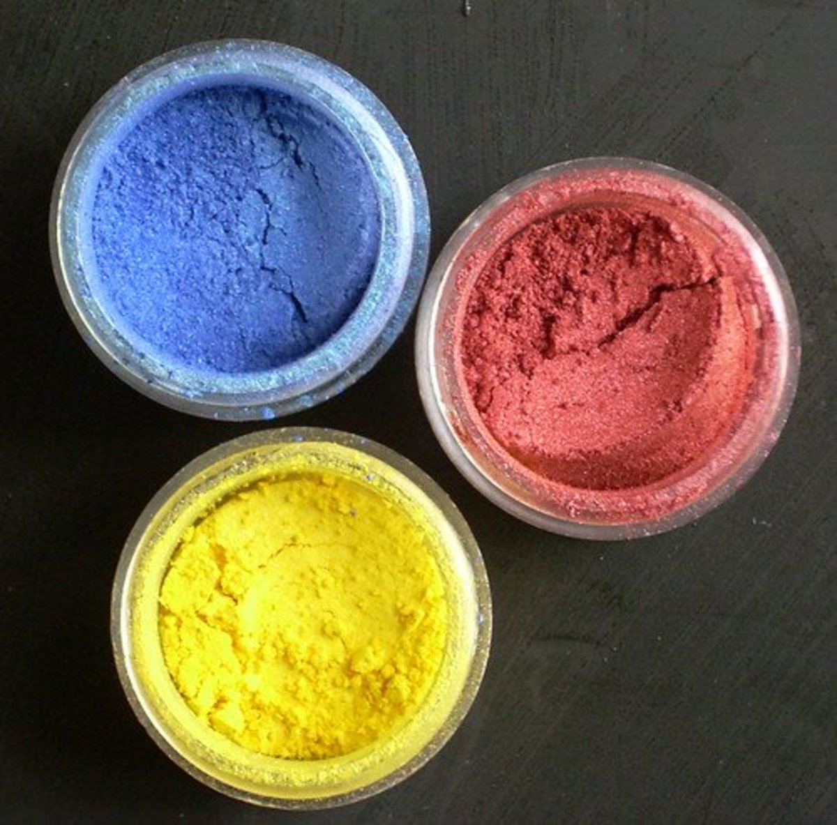 5 Ways to Make Metallic and Pearlescent Coatings With Mica Pigments