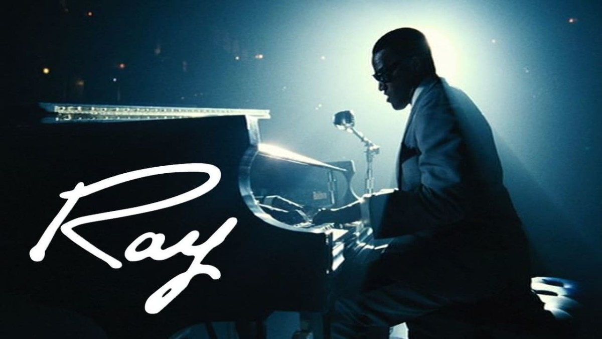 """Ray"" (2004): Ray Charles Was Married to His Music"