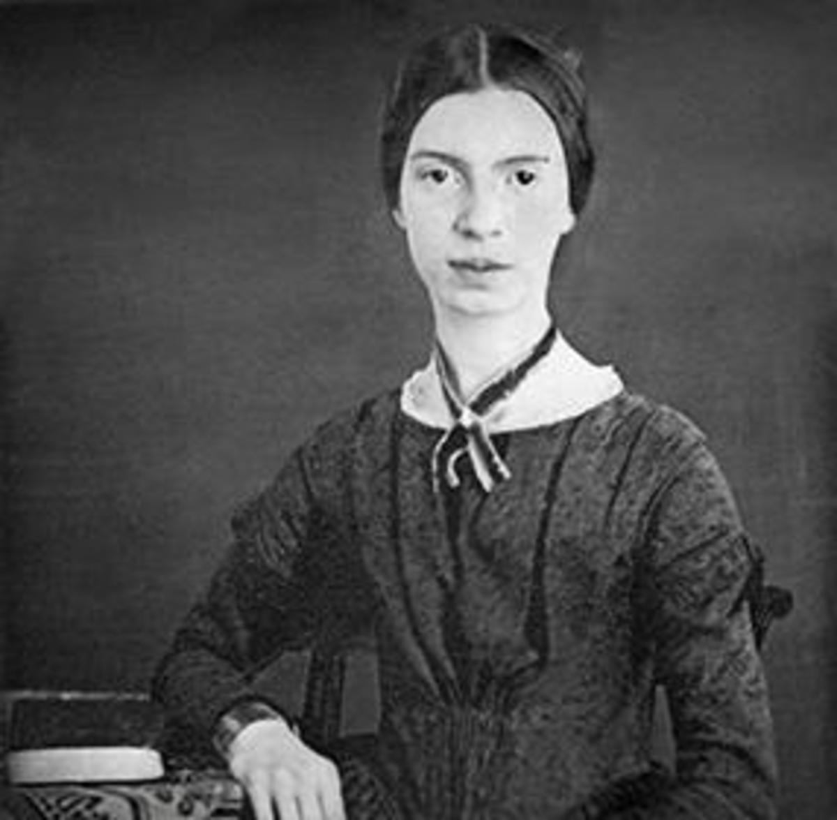 """Analysis of Poem """"The Soul Selects Her Own Society"""" by Emily Dickinson"""
