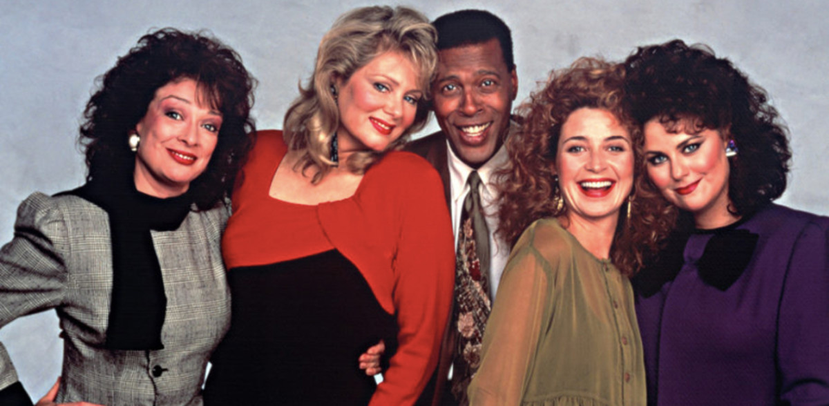 The Original Designing Women Cast - 80s TV at its finest...