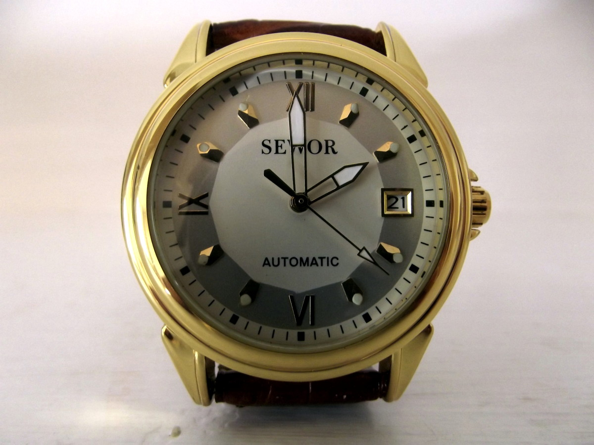 Sewor automatic wristwatch