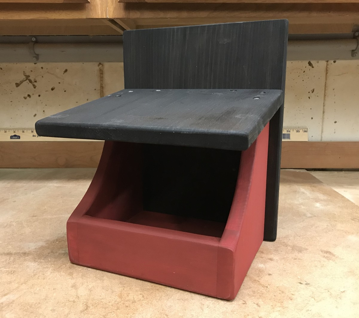 Build this Robin Nesting Shelf