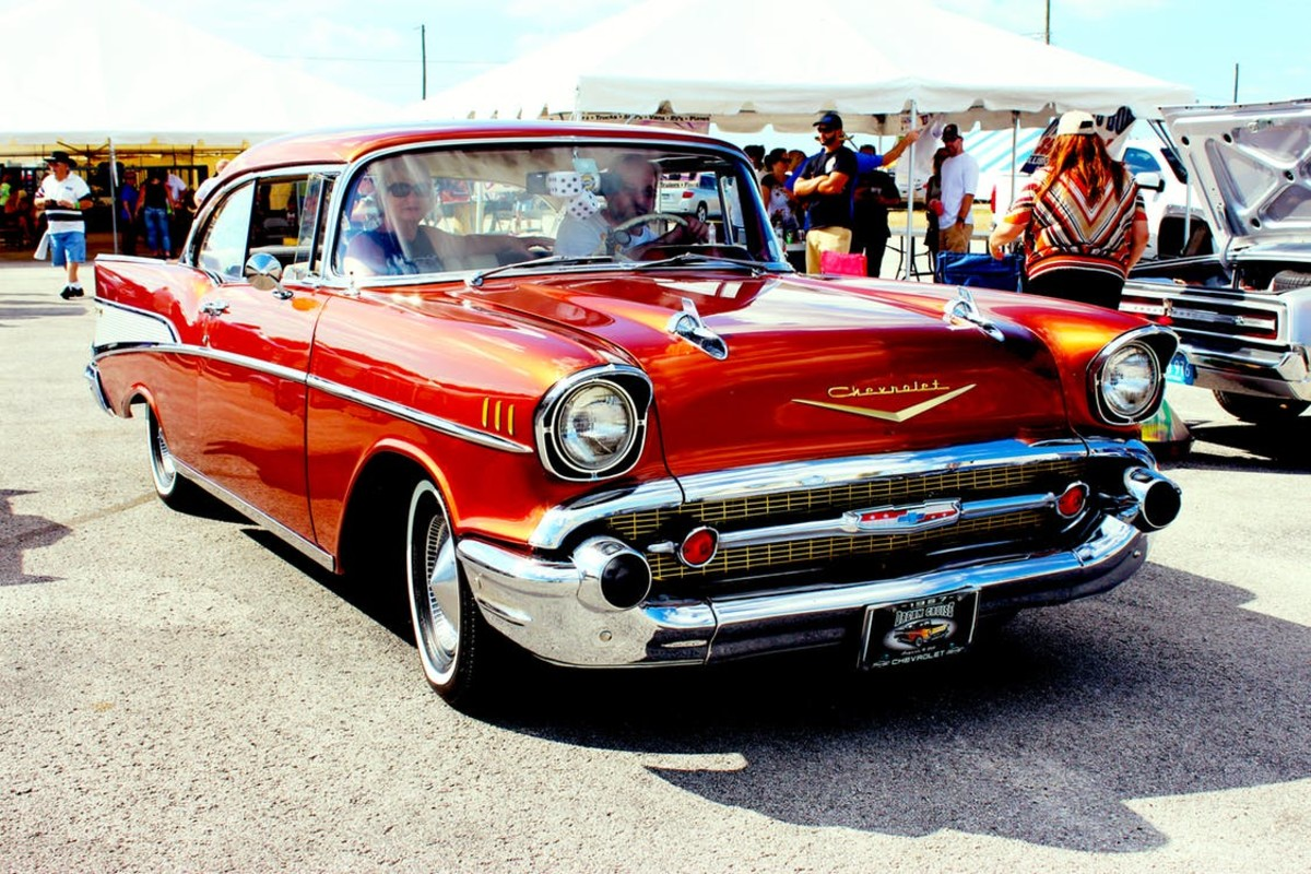 Now, That is an American Car!  The Classic 1957 Chevrolet Belair.