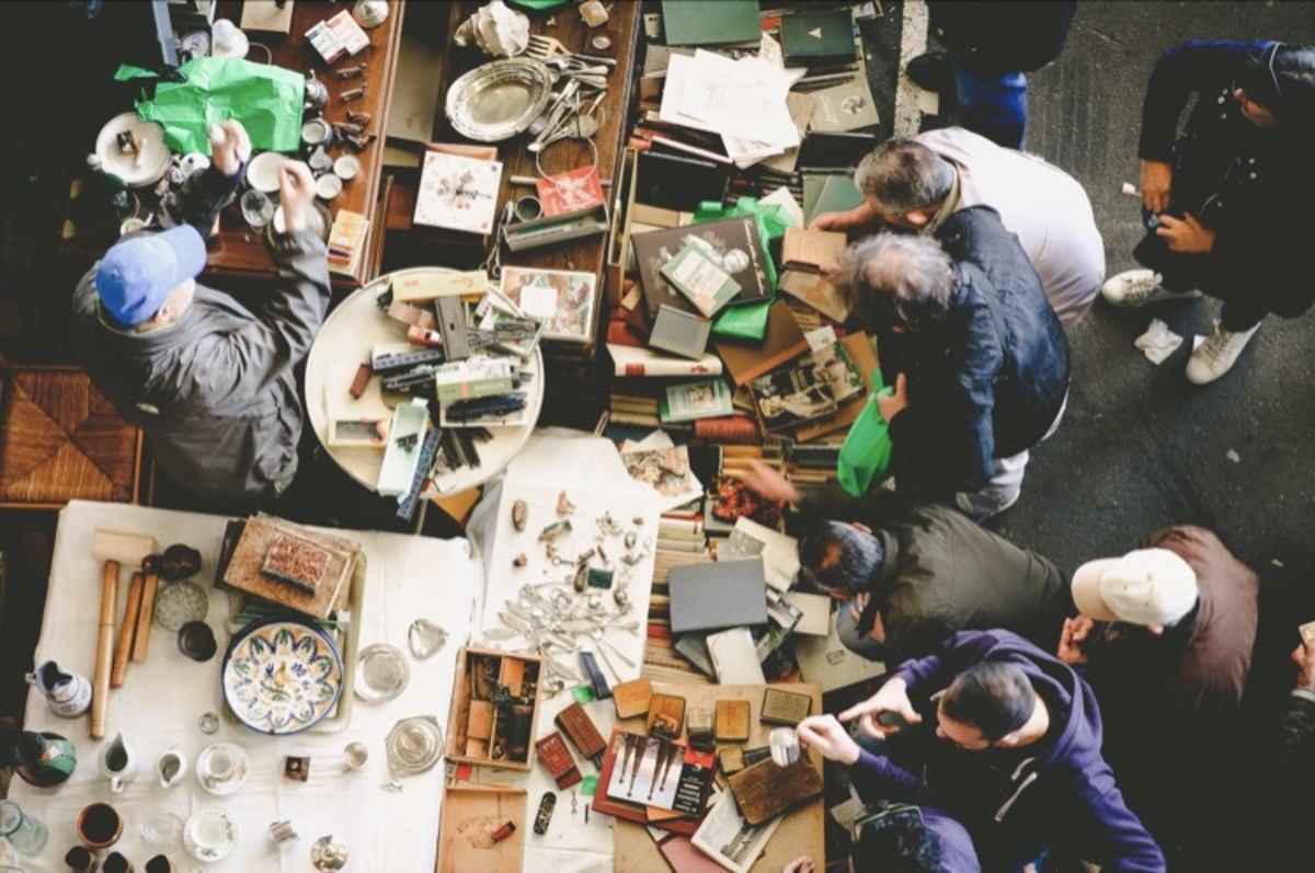Tips and Tricks on Selling at a Flea Market