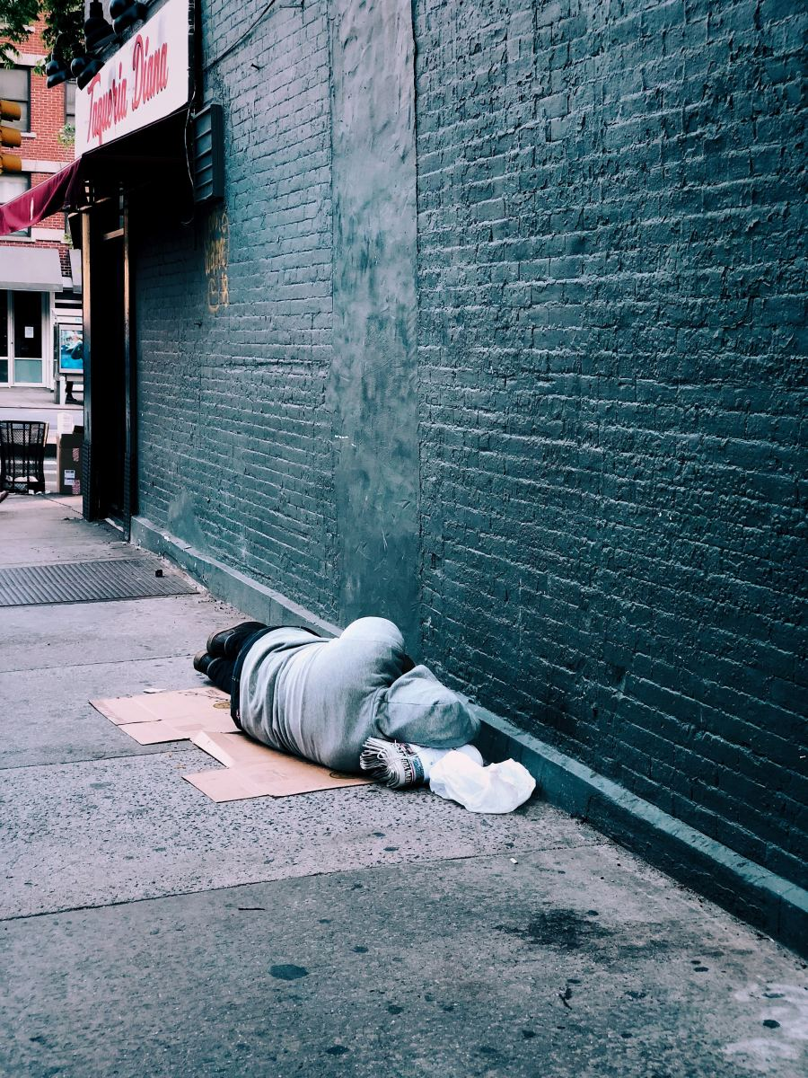 On Side Walks: A Poem on Homelessness