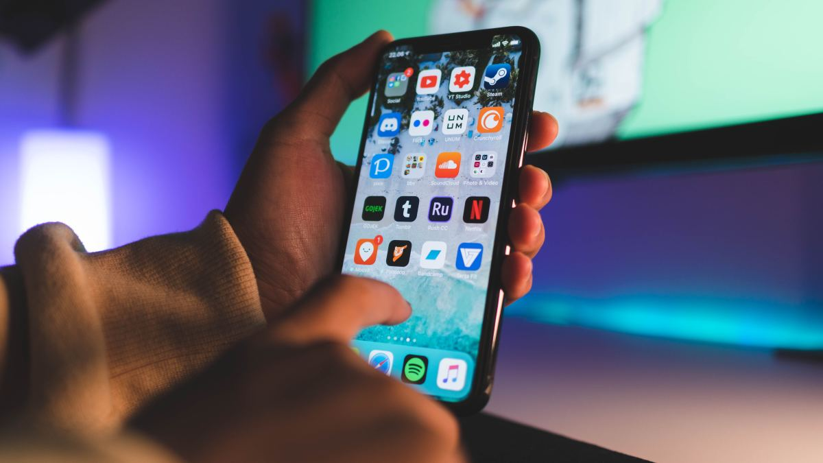 What's New in iOS 13 for iPhone & iPad?
