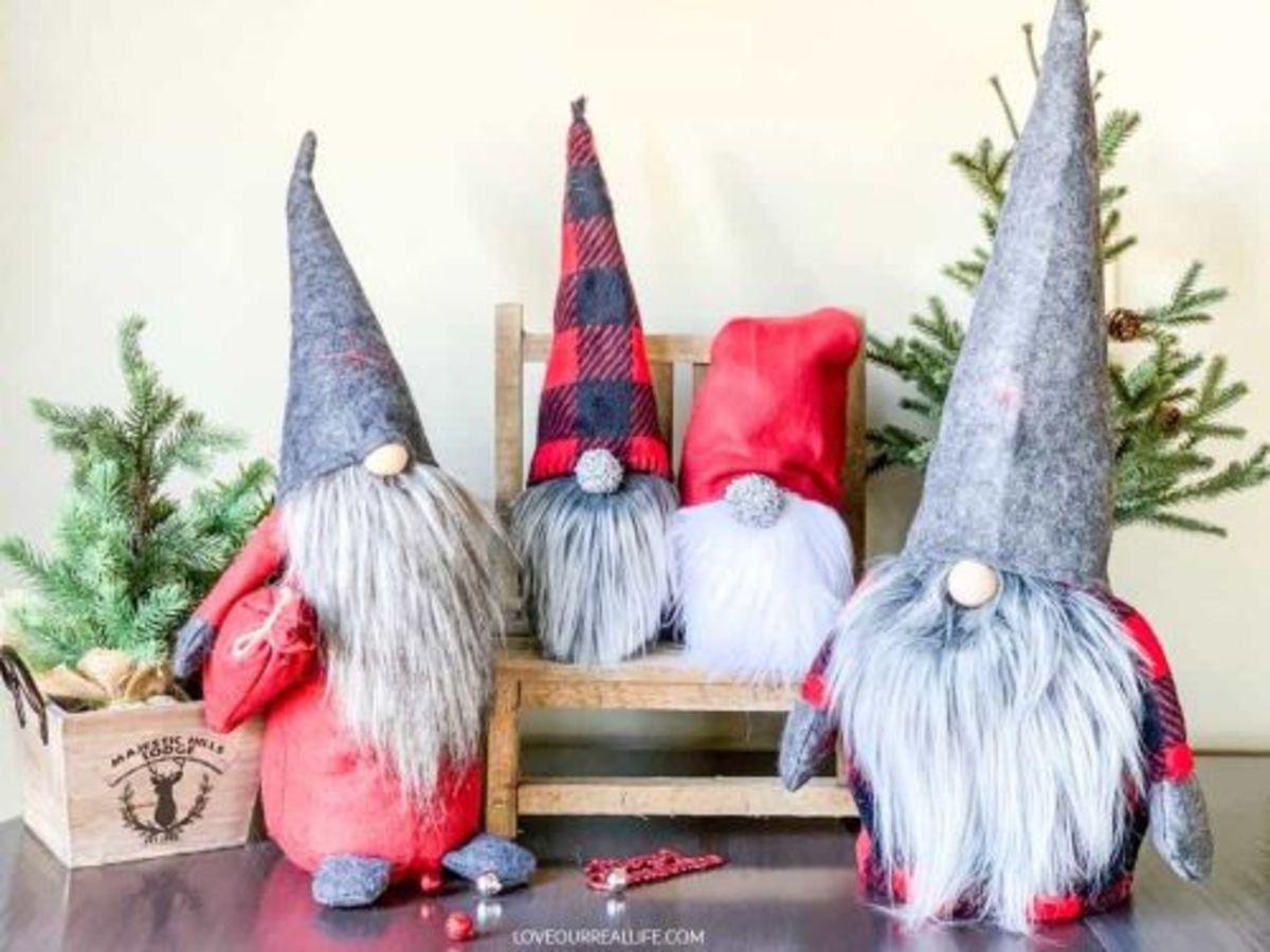 27 Easy and Fun Gnome Craft Ideas
