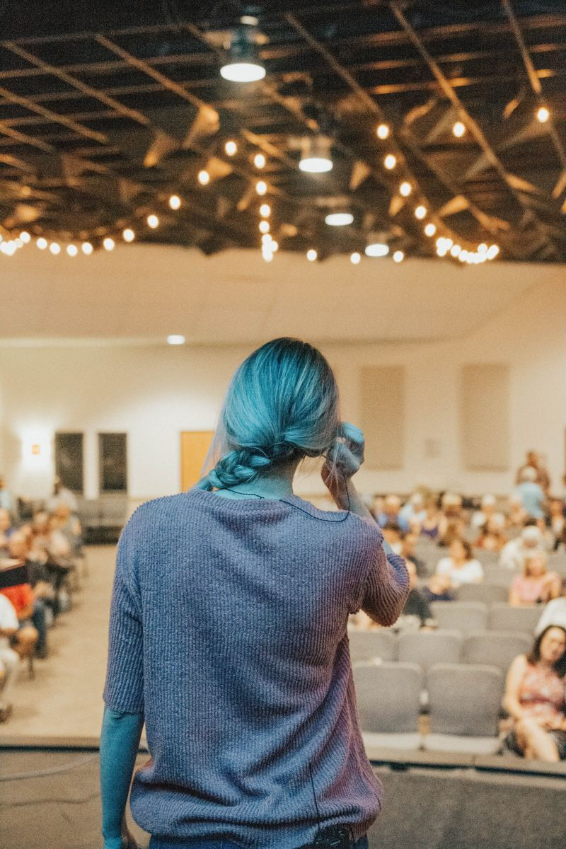 Public Speaking Tips From a College Graduate Who Wrote About Why Men Have Nipples