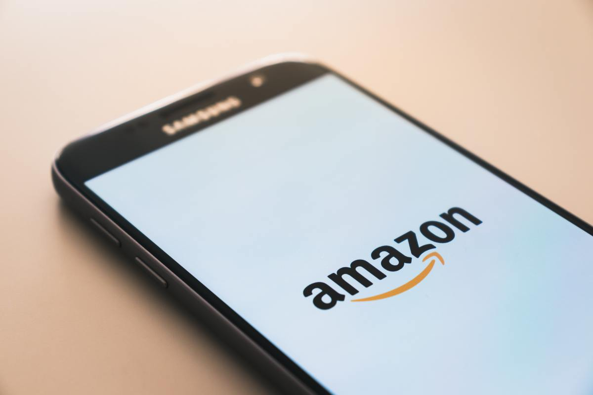How to improve your customer feedback and reputation as a seller on Amazon.