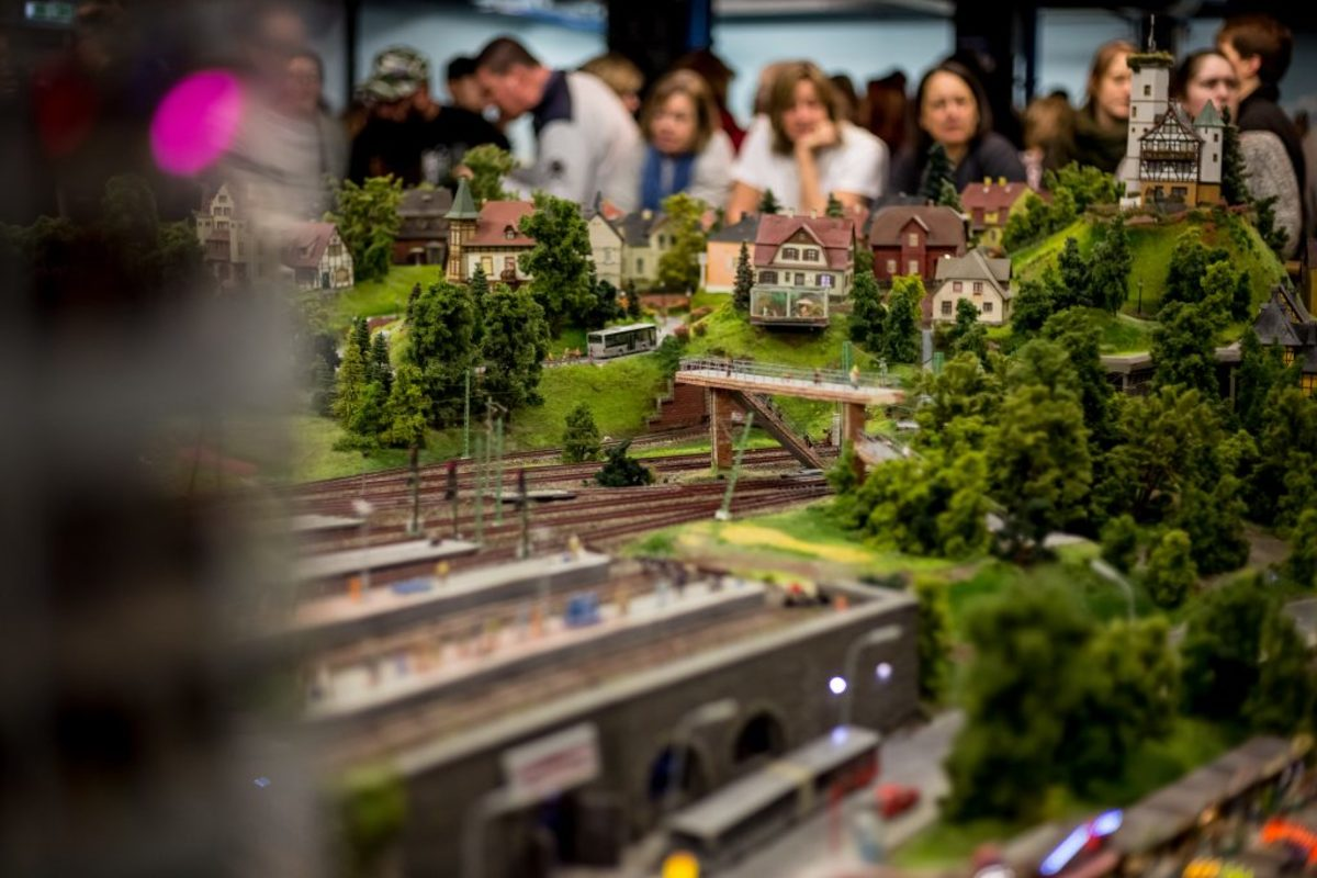 Tips for Visiting Miniatur Wunderland, the Greatest Model Railroad in the World