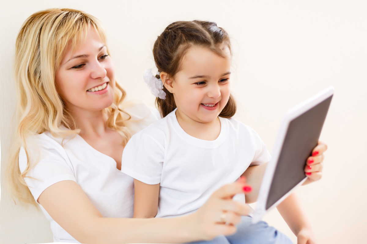 Engage your child in learning with Elmo Calls, a mock video call app.