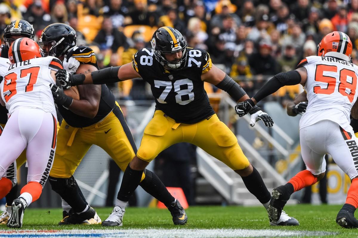 Pittsburgh Steelers offensive tackle Alejandro Villanueva.