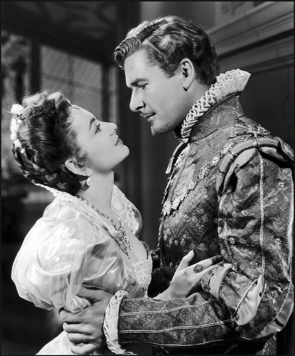 Flynn and de Havilland in one of their 12 films together.