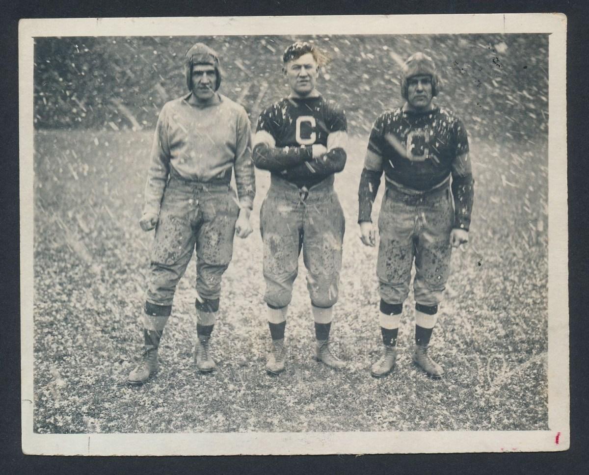 Joe Guyon (left) with Jim Thorpe and Pete Calac, 1919.
