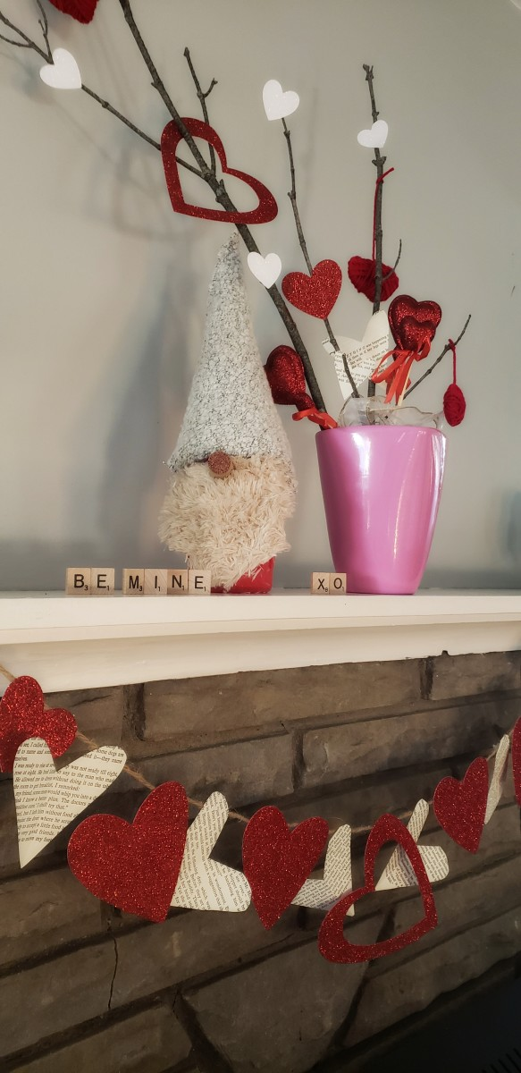 Add some Valentine's Day charm to your home with these three easy craft projects.