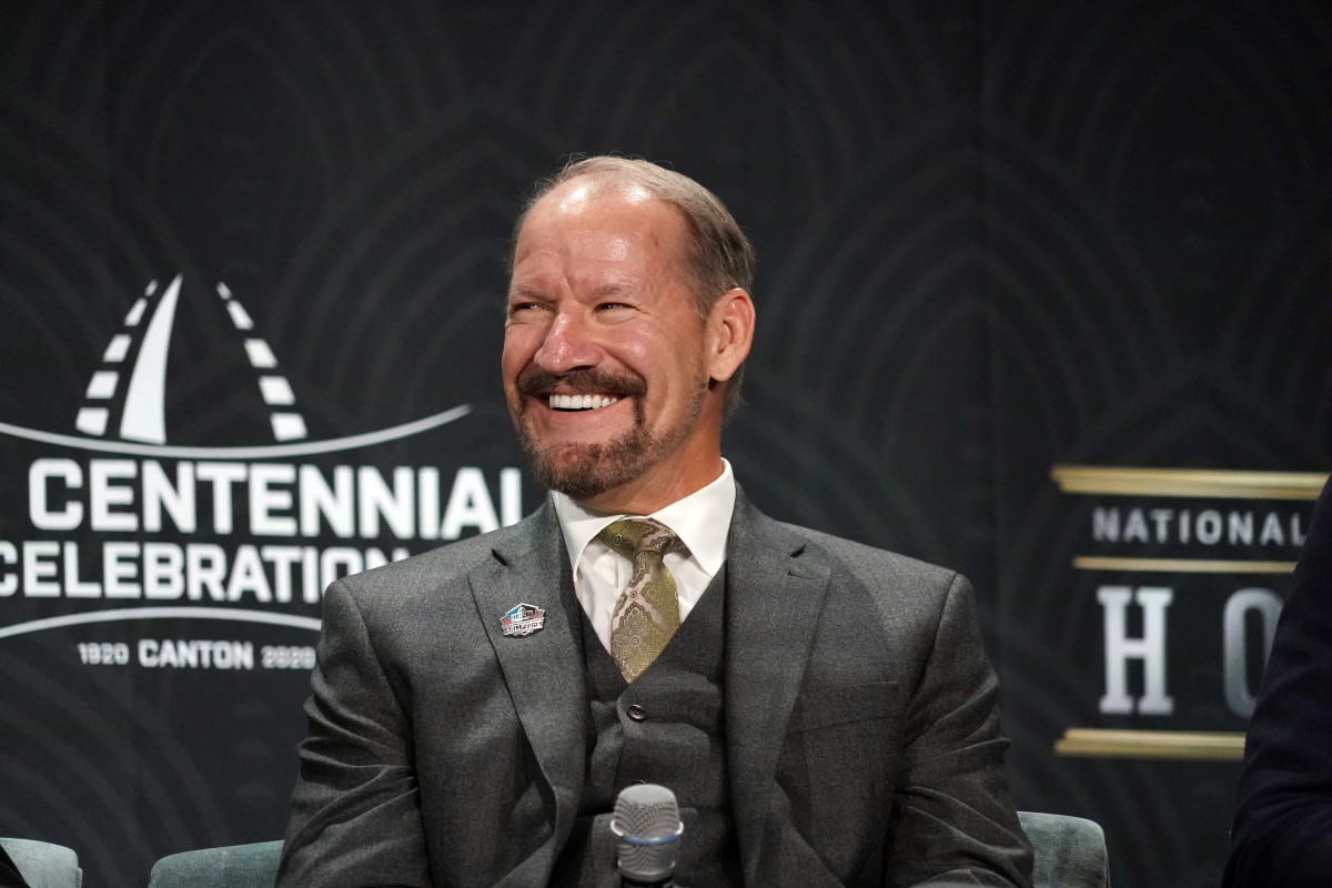 Hall-of-Fame Steelers Coach Bill Cowher
