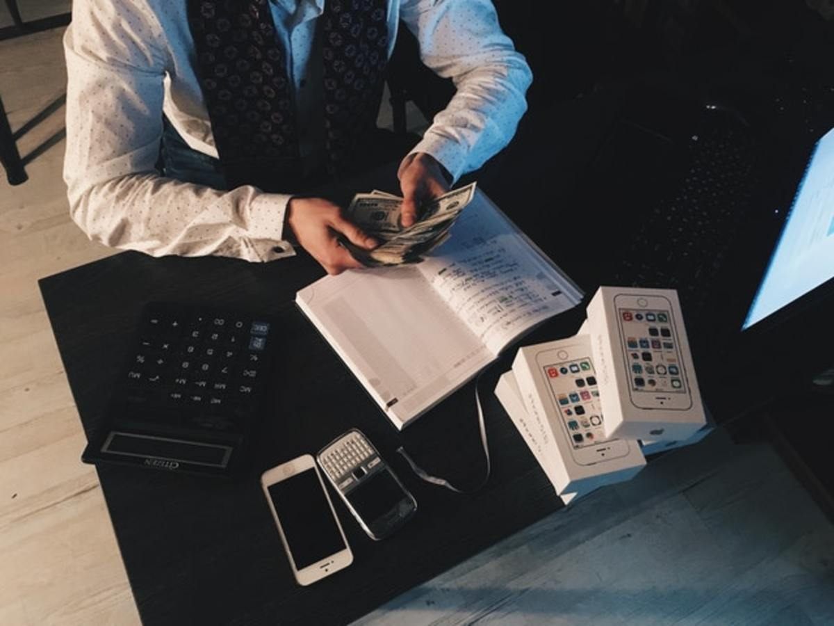 Your Kid's Life as an Accountant, and Why Moms Should Ask Their Kids to Stay Away From Accountancy