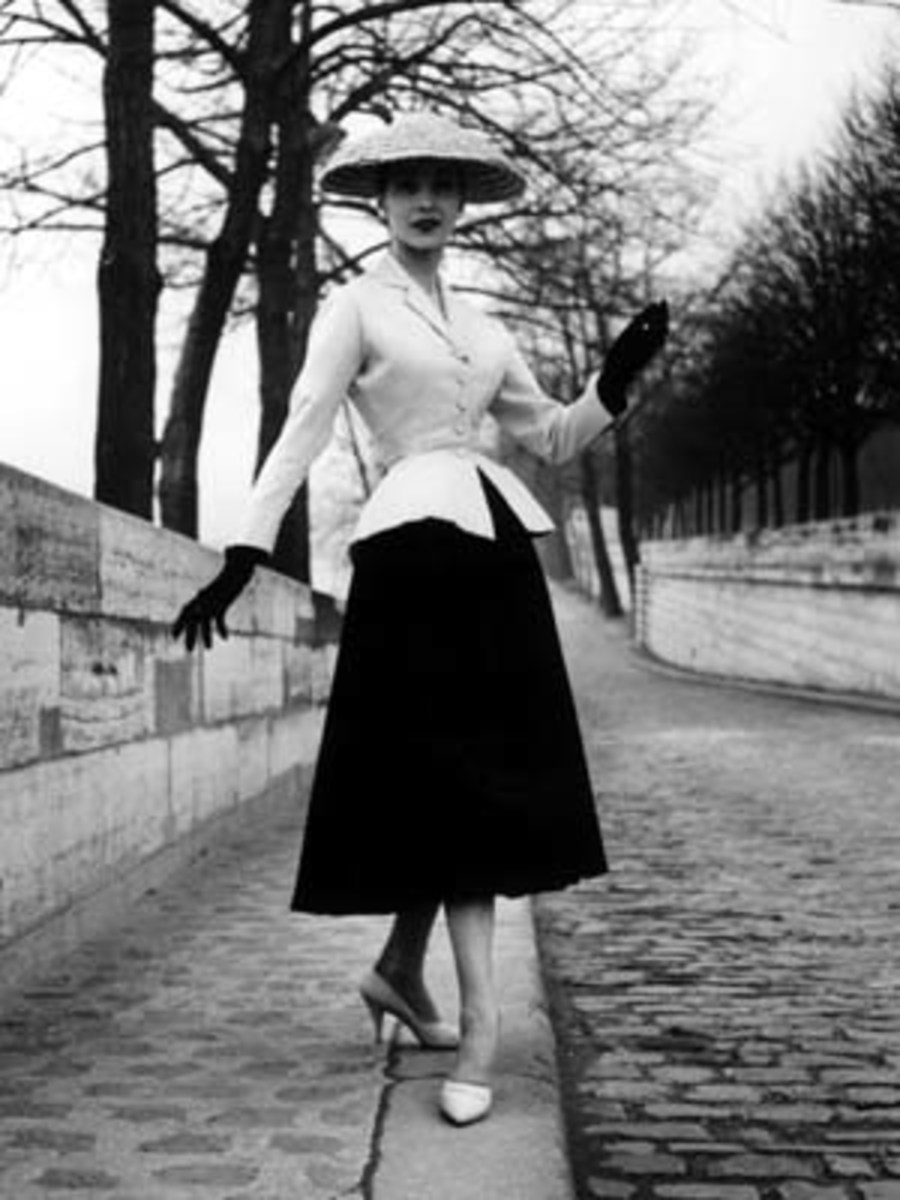 vintage-apparel_the-1950s-curvaceous-woman