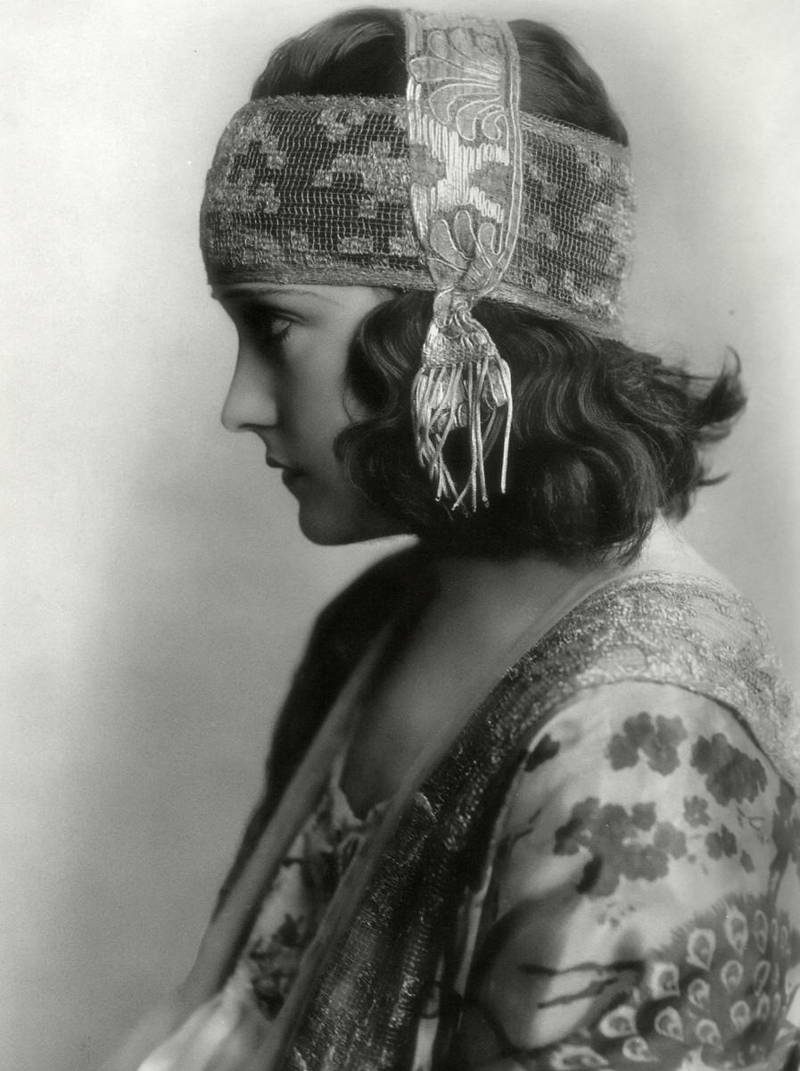 Young Gloria Swanson