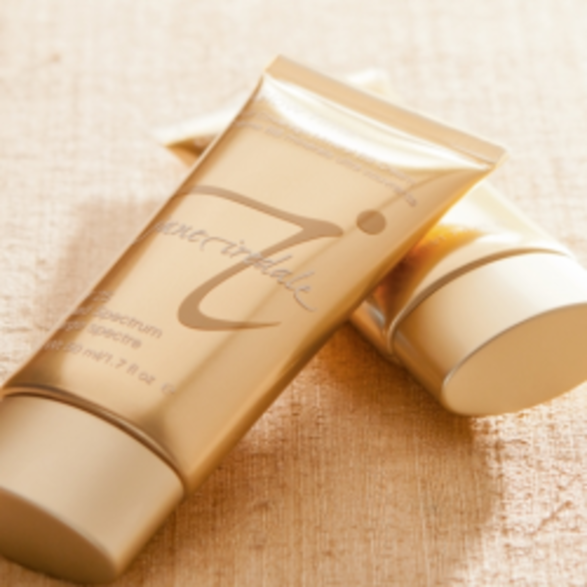 Jane Iradale BB Cream - Good for Sensitive or Acne-Prone Skin
