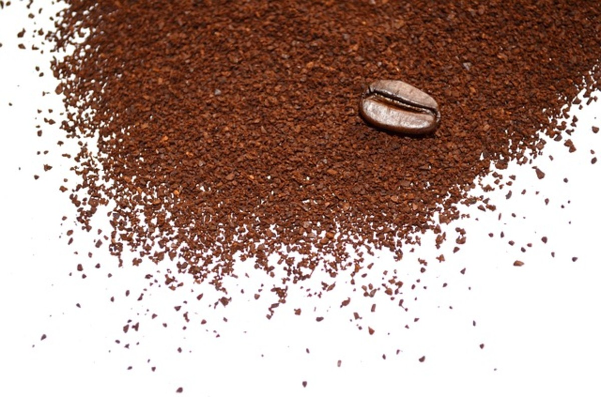 Coffee can work as an effective (if temporary) scrub to reduce the appearance of cellulite.