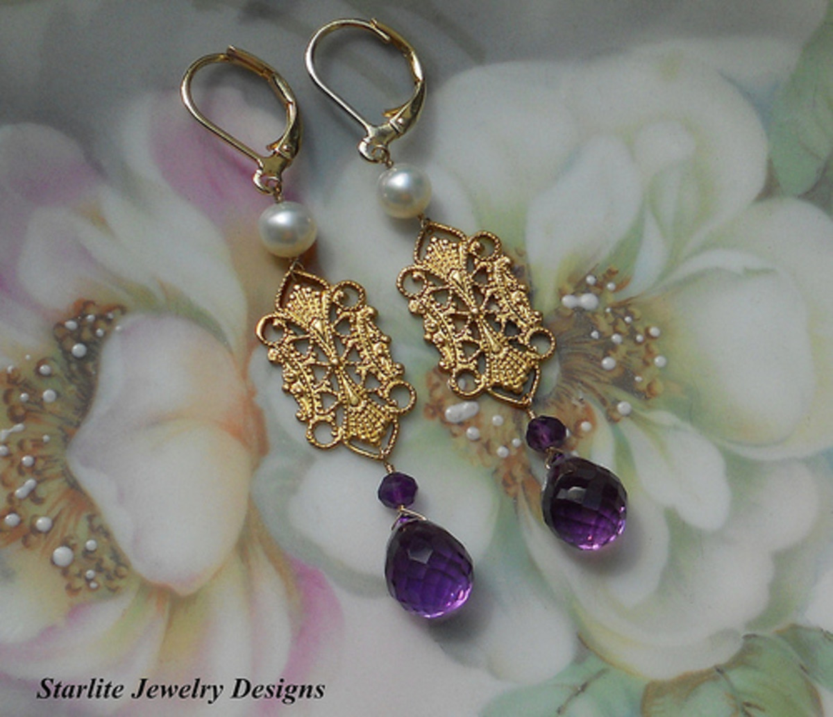 Vintage Filigree Earrings by Starlite Jewelry Designs