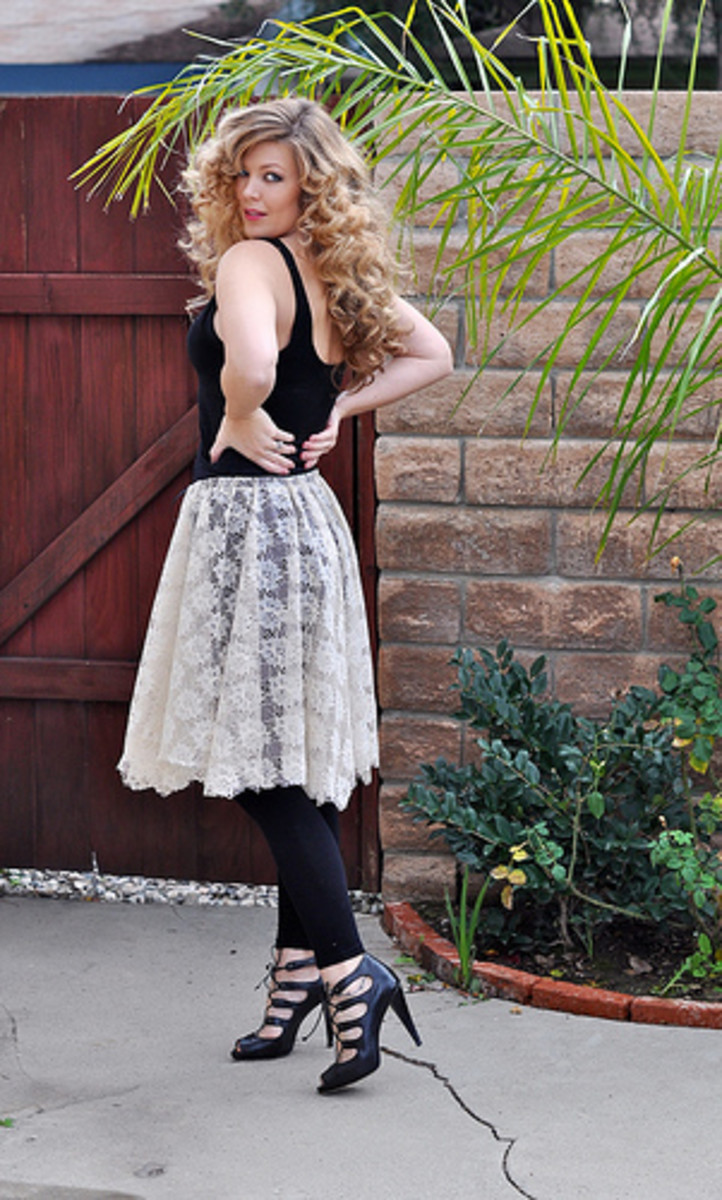 An Ivory Lace Skirt w/ Modern Top and Accessories