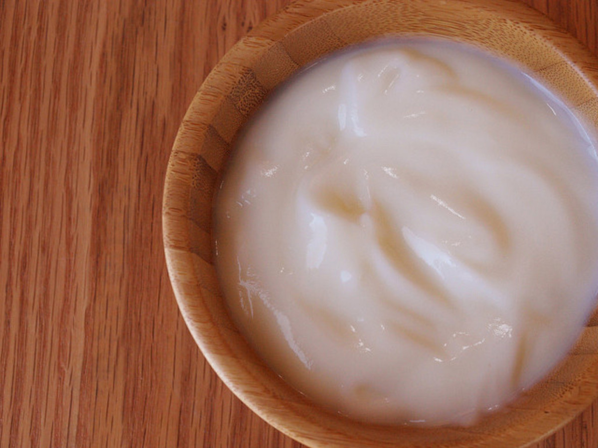 A yogurt hair mask is very easy to make.