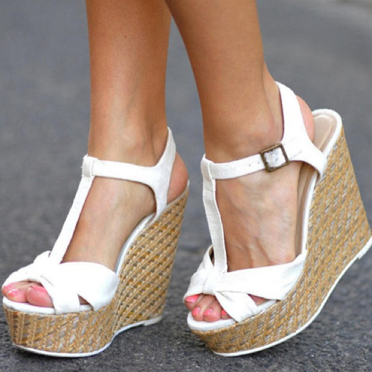 Wedges are a cute addition to any spring/summer '50s shoe collection.