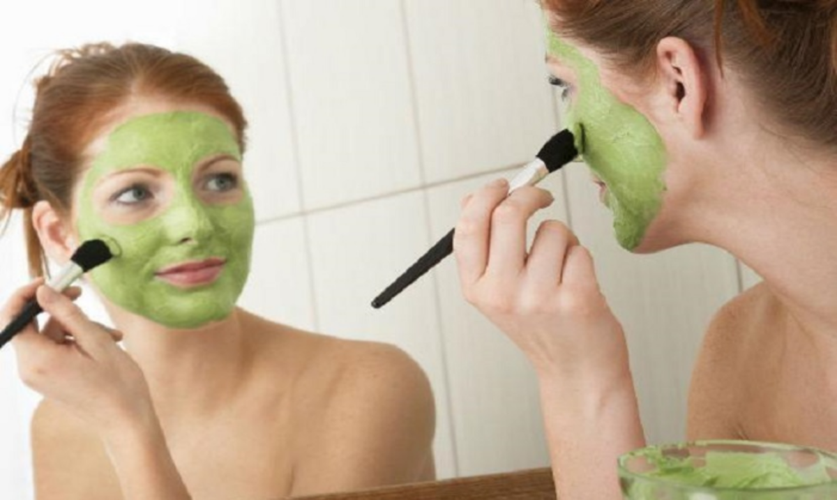 Boost the skin with homemade recipes made with green tea